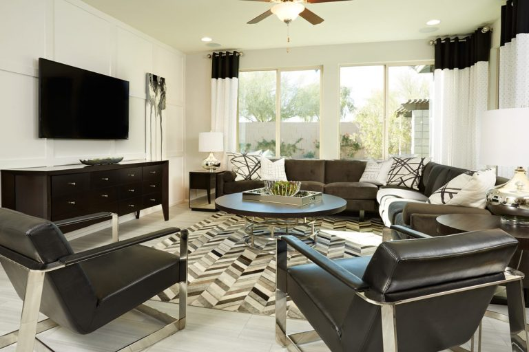 Pyramid Peak Pulte Cosenza - living room